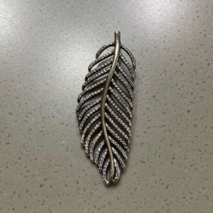 Pandora Light as a Feather Pendant with Clear CZ